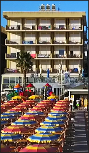 Hotel fronte mare Cattolica
